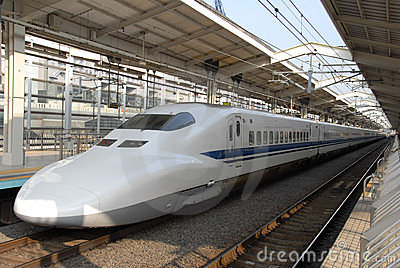 Train de remboursement in fine à la gare de Kyoto