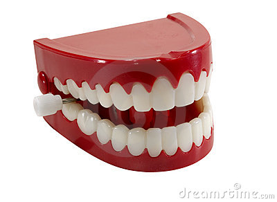 Trajkotanie zęby