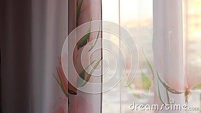 Tramonto esterno accelerato tramite le tende rosa archivi video