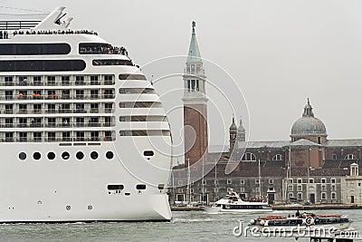 Transatlantic in Venice