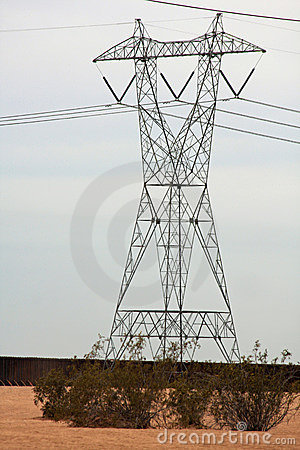 Free Transmission Tower For Electricity Royalty Free Stock Images - 8664259