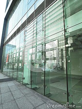 Transparent glass wall