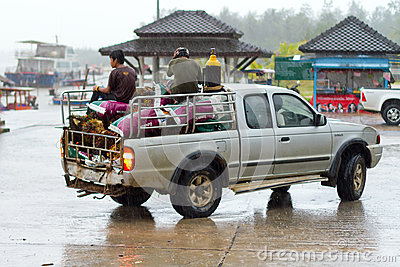 Transport i Thailand Redaktionell Foto