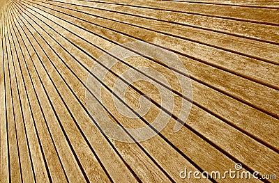 Transversal wooden boards floor