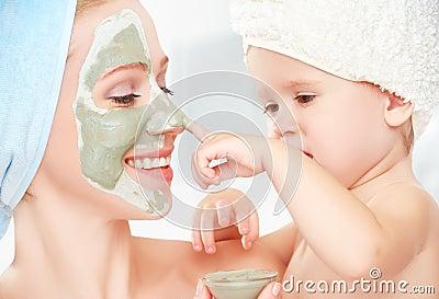 Abbronzatura di pigmentazione su una faccia