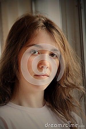 Trauriges deprimiertes jugendlich Mädchen