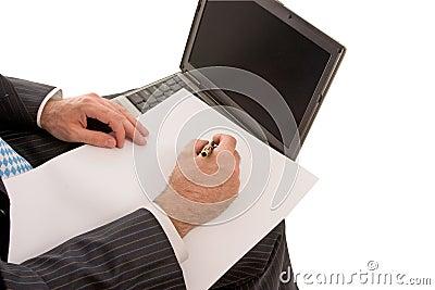 Travail sur l ordinateur portable