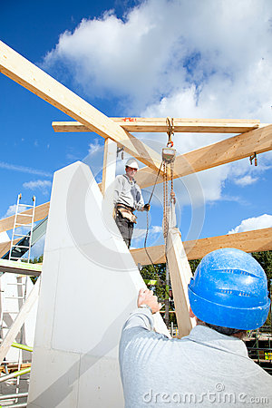 Travailleurs de la construction réels