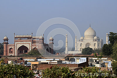 Travel India: Taj Mahal and South gate in Agra