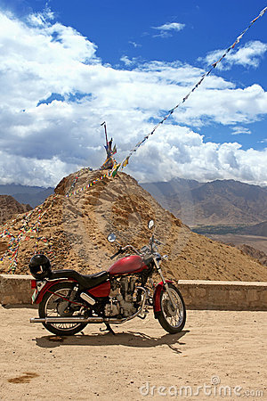 Travel motorcycle