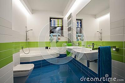 kinder im badezimmer stockfoto - bild: 66472461, Badezimmer