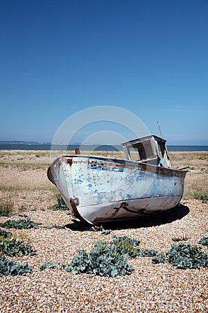 Free Trawler Fishing Boat Wreck Derelict Stock Photo - 27531850