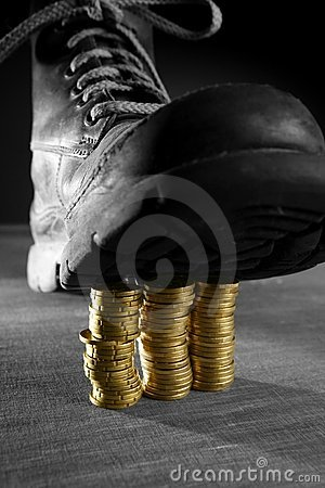 Treading three coins columns with a boot