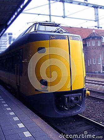 Trein bij trainstation