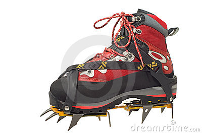 Treking boot with crampon