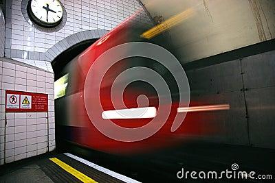 Tren subterráneo de Londres