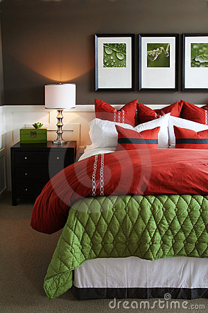 Free Trendy Bedroom Royalty Free Stock Images - 8487069