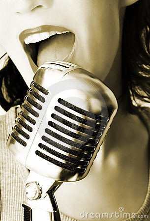 Free Trendy Singer Royalty Free Stock Photography - 1270567