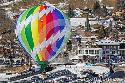Trente-cinquième festival chaud de ballon à air 2013, Suisse Image stock éditorial