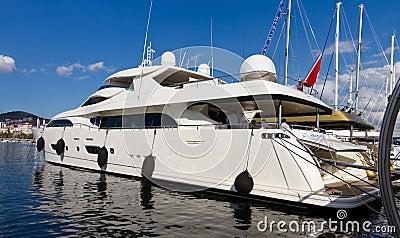 Trente-deuxième Istanbul international Boatshow Image stock éditorial