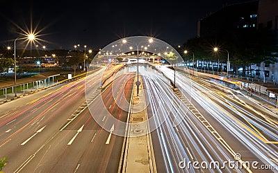 Tráfico en una intersección ocupada