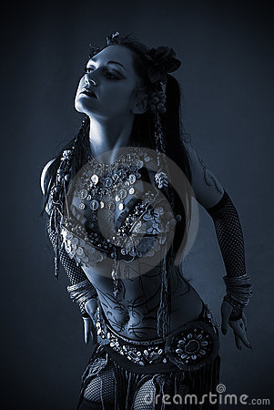 Free Tribal Dancer In Blue Dark Stock Photography - 9812452