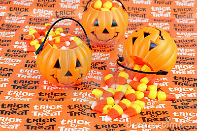 Trick or Treat Pumpkins with Candy
