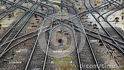 Trilhas e interruptores de estrada de ferro