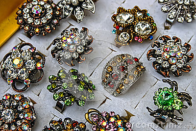 Trinkets and jewelry 8