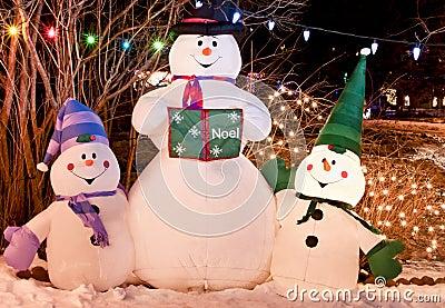 Trio de bonhomme de neige