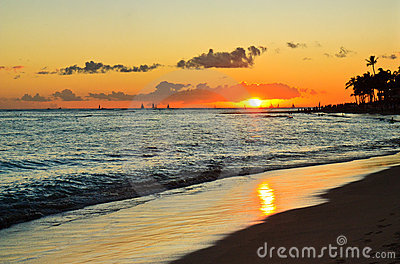 Tropical beach sunset, romantic getaway, Hawaii