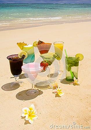 Tropical drinks on a Hawaiian beach