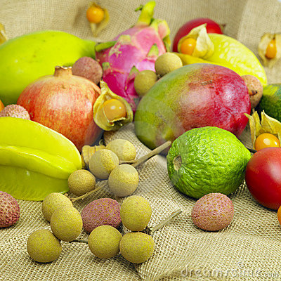 Free Tropical Fruit Royalty Free Stock Photography - 17237747