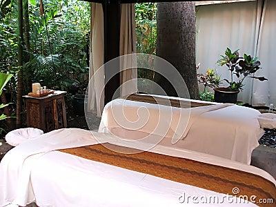 Tropical Massage