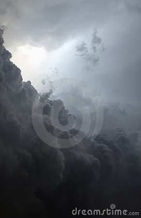 Free Tropical Storm Royalty Free Stock Image - 7037726