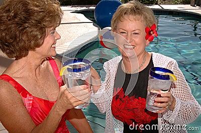 Tropische Ferien der älteren Freunde