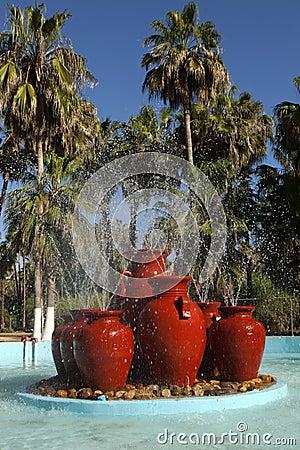 Tropischer Brunnen