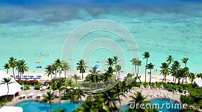 Tropisk semesterort