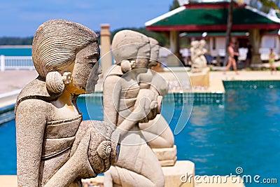 Tropisk simbassäng i Thailand