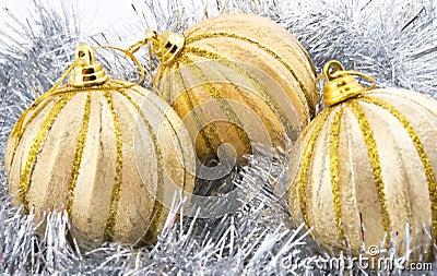 Três bolas douradas do Natal