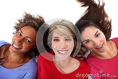 Três mulheres positivas