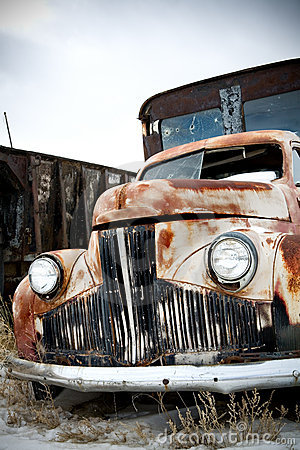Free Truck Abandoned Stock Photography - 4264492