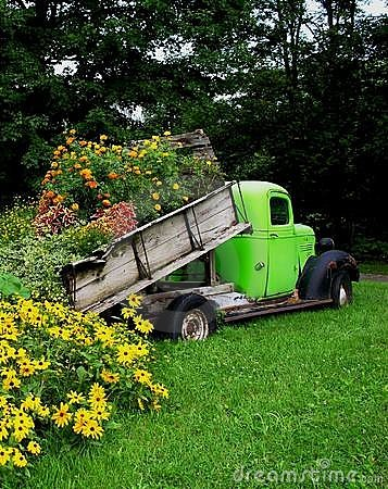 Free Truck Load Of Flowers. Royalty Free Stock Photos - 415038