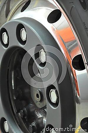 Truck s wheel rim