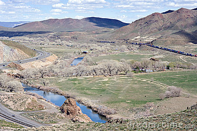 Truckee River Canyon opens up east of Reno