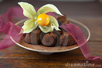 Truffles with cocoa and physalis