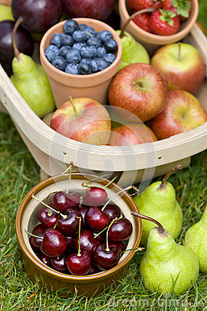 Free Trug Of Summer Fruit Royalty Free Stock Images - 25978239