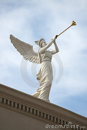 Free Trumpeting Angel Royalty Free Stock Image - 14344486