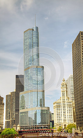 Trumpf-internationales Hotel und Kontrollturm in Chicago