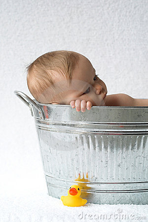 Free Tub Baby Royalty Free Stock Photos - 1919388